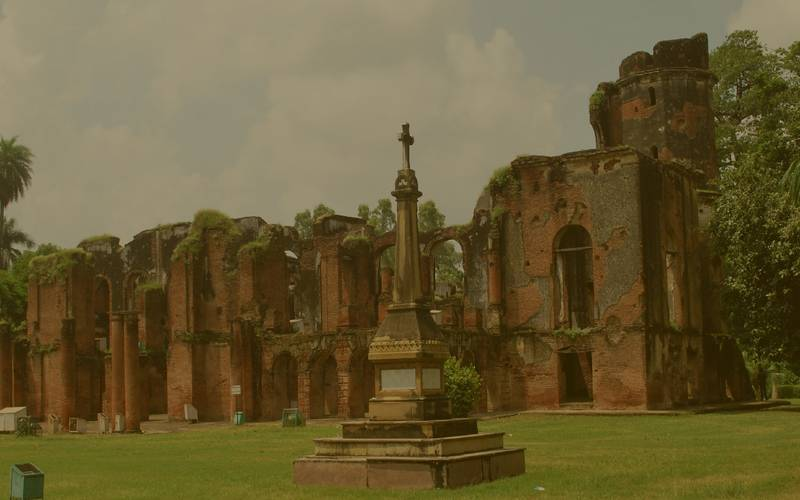 Luckonw residency,interesting facts, unknown facts, lucknow facts, facts about lucknow, haunted lucknow, haunted placDid you know, interesting facts, unknown facts, facts about Lucknow, horror spots in Lucknow, residency is haunted