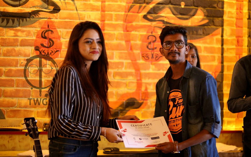 Culture, literature, poetry, open mic, events, Lucknow, open mic the initiative, fashion herald, Rustic Hauz, the writers grey scale, participants at Lucknow Open Mic 2018, Lucknow open mic 2018