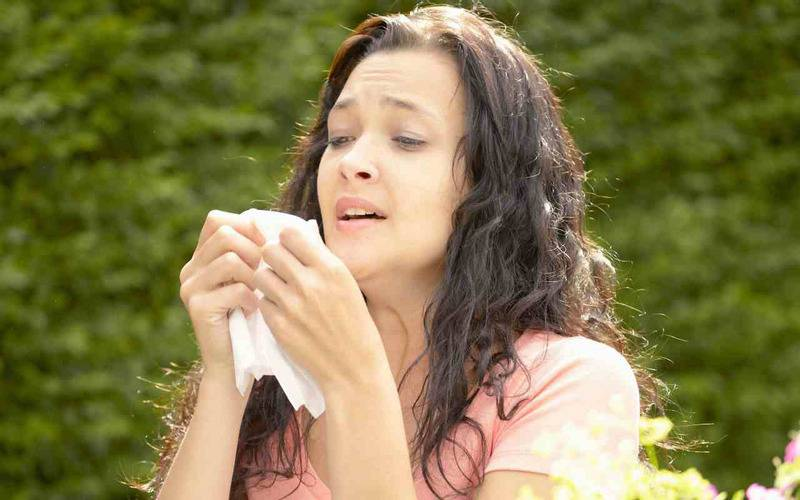 sneeze,interesting facts, facts about human body, human body facts, strange things about body, list of body facts, amazing facts, health, body organs, body parts, tears in eyes